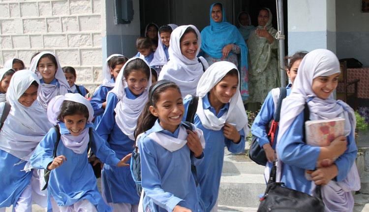 Photo of بچوں کی تو مو جیں لگ گئیں، تعلیمی اداروں میں موسم گرما کی تعطیلات کی تاریخ کا اعلان کر دیا گیا