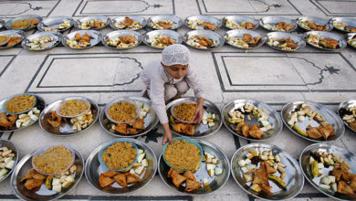 Photo of جامعہ صدیقیہ قادریہ ڈومیلی میں منفرد افطاری کا اہتمام