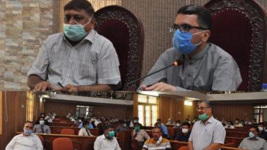 Photo of میڈیکل اسٹور اور لیبارٹری مالکان کورونا کی ادویات کی دستیابی کو یقینی بنائیں۔ ڈپٹی کمشنر سیف انور